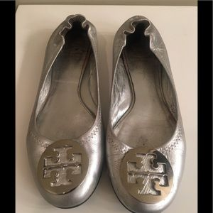 Tory Burch Leather  silver Reva flats 9